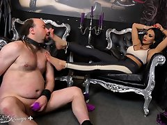 Fetish Femdom Sex-crazed Woman Enjoying Cruel Fetish Sex