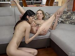 Nothing can please horny Viol increased by Ashley Ocean as a lesbian fuck