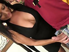 Big tittied hooker Sammy Brooks gives a great blowjob and gets laid