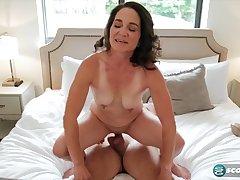 Carrie Ann - Raunchy Mom - carrie ann