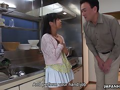Zealous Tomoyo Isumi is Japanese blowlerina who stands vulnerable knees to give BJ