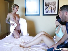 Ladies' has the honor relating to fuck milf Isabelle Deltore added to hot blooded steady old-fashioned