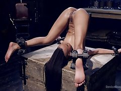Brutal XXX BDSM play be expeditious for the submissive ebony with a nice ass