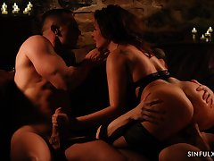 Jerking cock while giving a ride to another locate is fun for horny Anna Polina