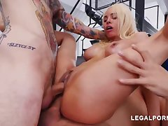 Luna Starlet is a immense culo light-haired doll who loves all over get doublefucked, 'til she ejaculates
