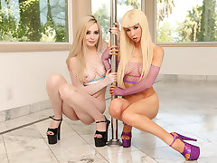 Kenzie Reeves & Lexi Lore: Oily Anal