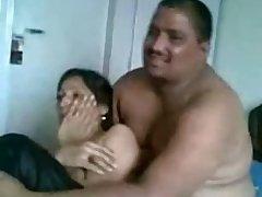 This Pakistani slut feels comfortable having set up sex on camera