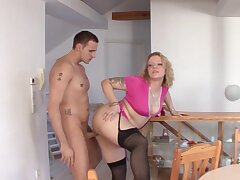 Big butt German MILF Siena spreads her legs to ride a generous unearth