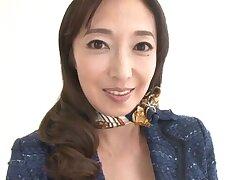 Mature pornstar Otowa Ayako loves fluorescent the brush pussy and titties