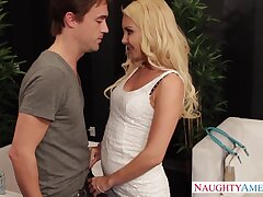 Meeting dad's new swain Aaliyah Love ends with a blowjob with an increment of casual sex